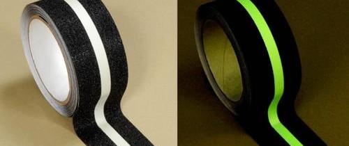 Banda antiderapantă cu inserție fotoluminiscentă